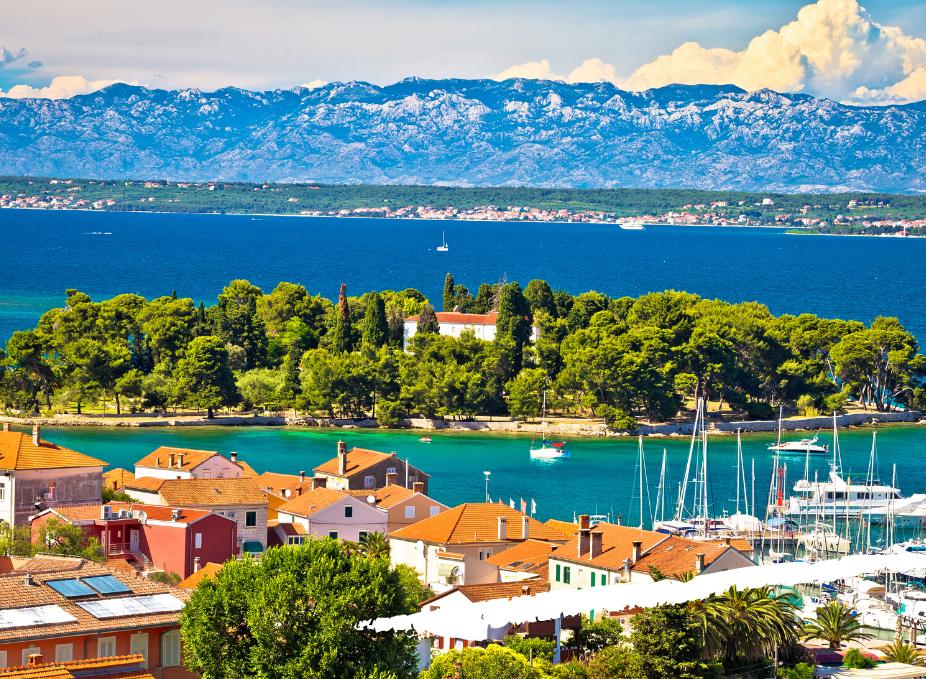 Lidojumi uz Horvātiju un atpakaļ sākot no 63 EUR